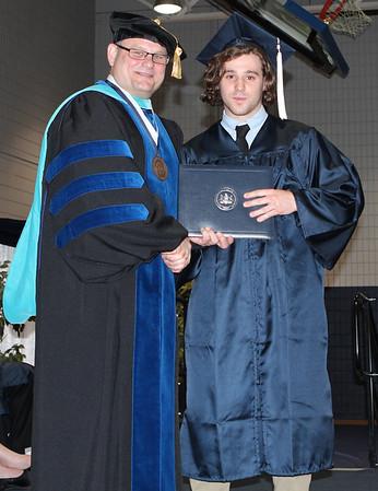 2014 Spring Commencement grads